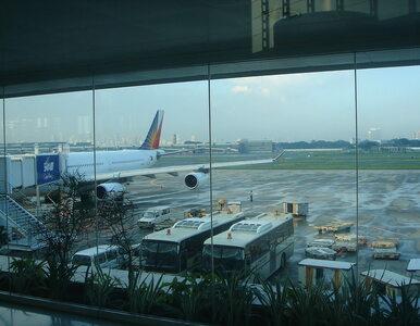 Roman koczuje na lotnisku w Manili od ponad 100 dni. Media porównują go...
