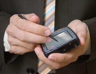 W Polsce przybyło prawie milion aktywnych kart SIM
