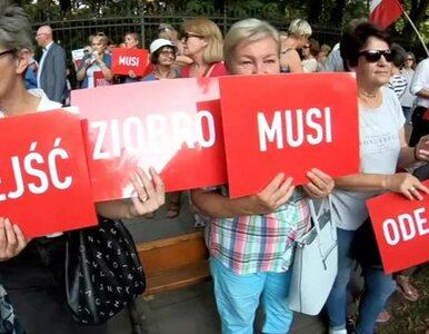 """Spora demonstracja przed KPRM. """"Ziobro musi odejść"""""""