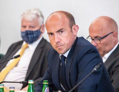 """""""Niedyskrecje parlamentarne"""": Budka rozczarował działaczy. """"Nie daje PO..."""