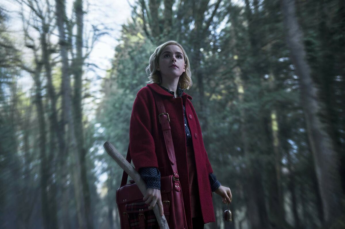 "Kadr z serialu ""Chilling Adventures of Sabrina"""