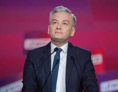 Leki na receptę za 5 zł, emerytura 1600 zł.  Co obiecuje wyborcom Robert...