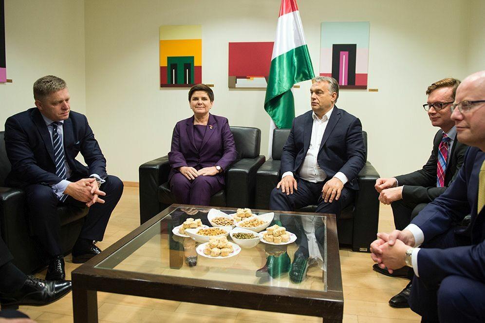Spotkanie premierów V4 z przewodniczącym Komisji Europeskiej