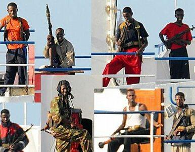 """ONZ: piraci """"zarabiają"""" setki milionów dolarów"""