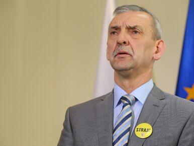 Jako szef ZNP prowadzi strajk nauczycieli. Kim jest Sławomir Broniarz?