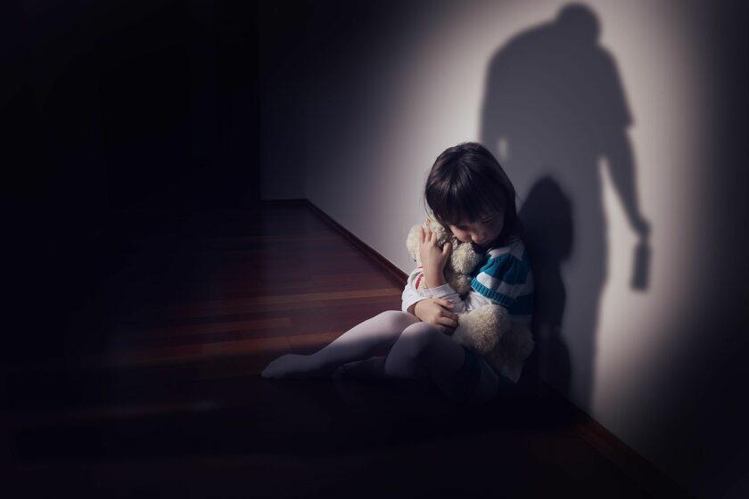 Przemoc wobec dziecka, zdj. ilustracyjne