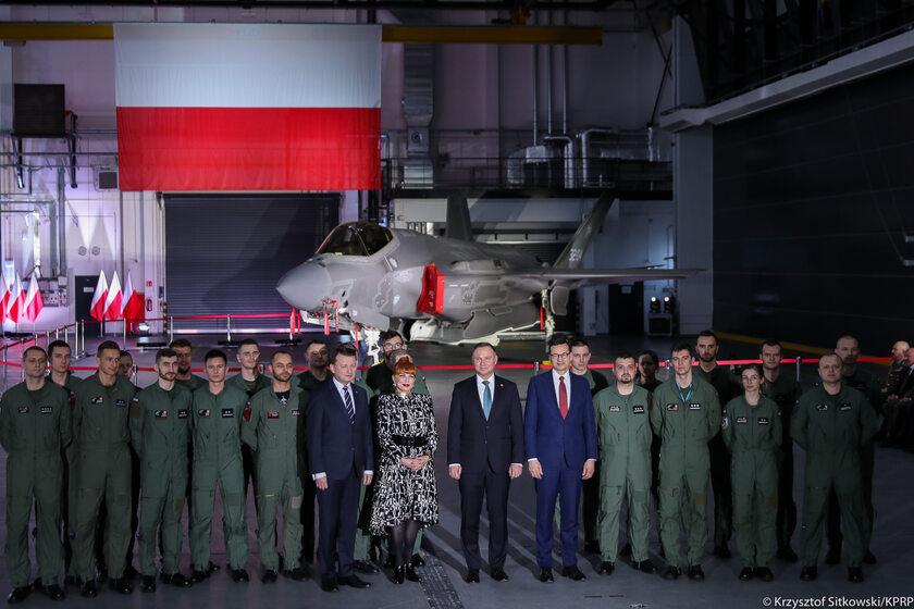 Szef MON, prezydent, premier oraz ambasador USA w Polsce