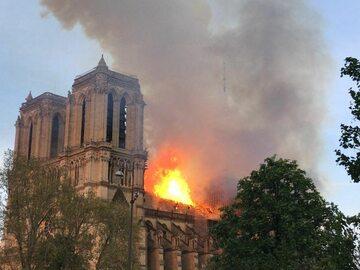 Jeden z najbogatszych Francuzów ofiarował 100 mln euro na odbudowę Notre...