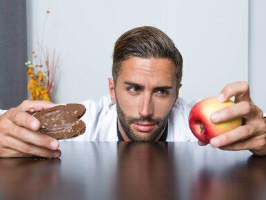 Błędy żywieniowe, które spowalniają metabolizm i powodują tycie