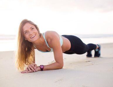 Plank challenge – wystarczy kilka minut dziennie, by schudnąć!