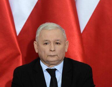 Kaczyński oskarża opozycję o próbę puczu i znów wskazuje mediom, jak...