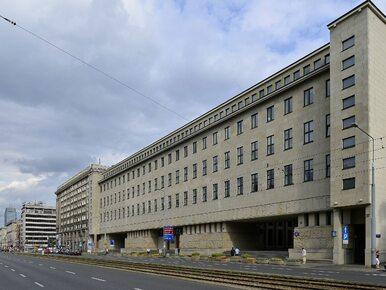 Emeryci sparaliżowali prace warszawskiego sądu. Masowo odwołują się od...
