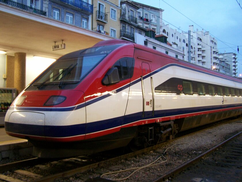 Pociąg Alfa Pendular (zdj. ilustracyjne)