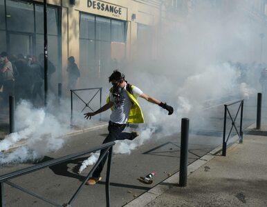 """Tysiące demonstrantów na ulicach Francji. """"Wszystko dla Notre Dame, nic..."""