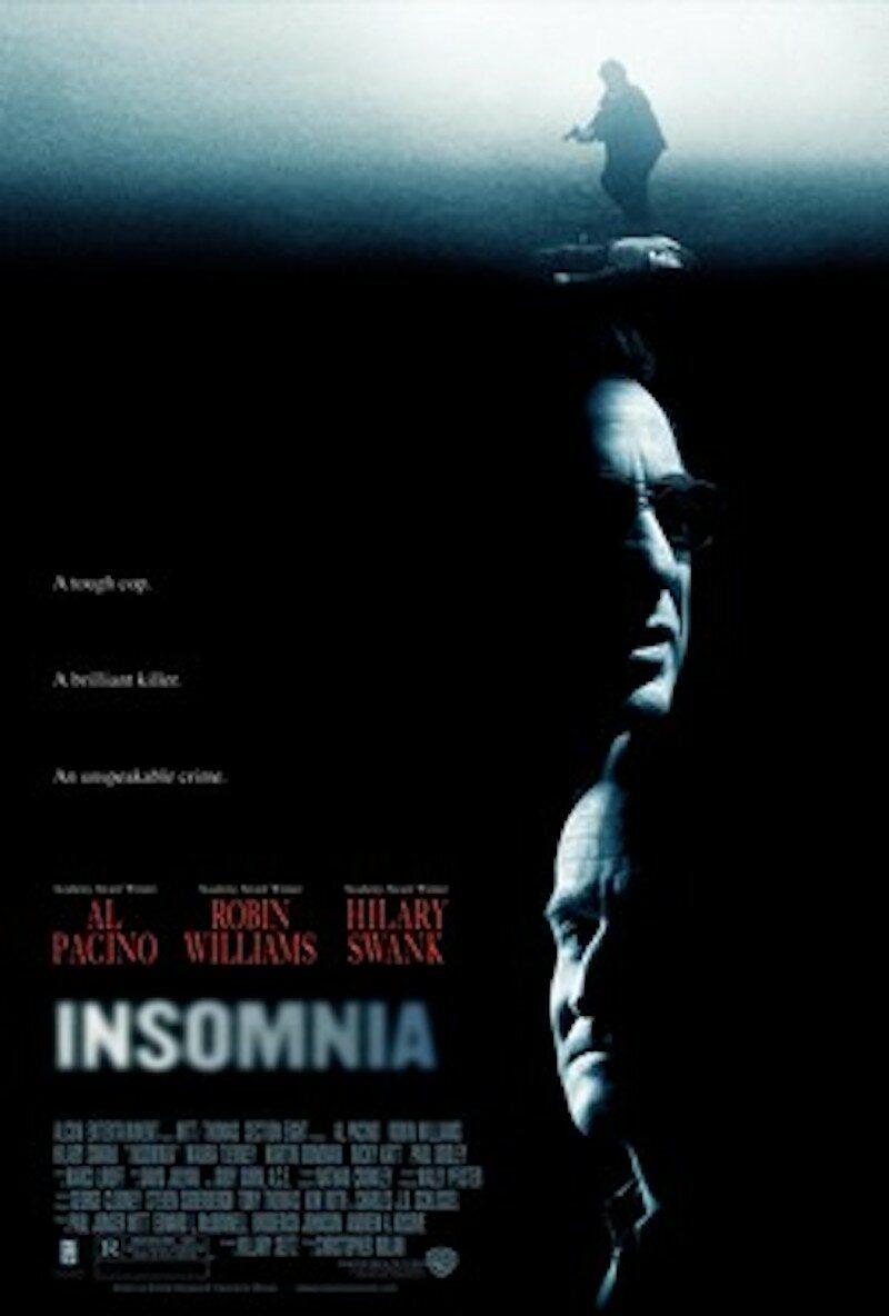 """""""Bezsenność"""" Robina Williamsa jako Waltera Fincha mogliśmy oglądać w filmie fabularnym """"Bezsenność"""" w reżyserii Christophera Nolana."""