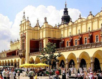 Coraz więcej turystów w Krakowie, ale coraz mniej wydają