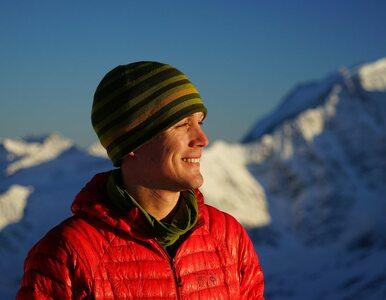 Jako pierwszy na świecie samotnie i bez wsparcia przeszedł Antarktydę....