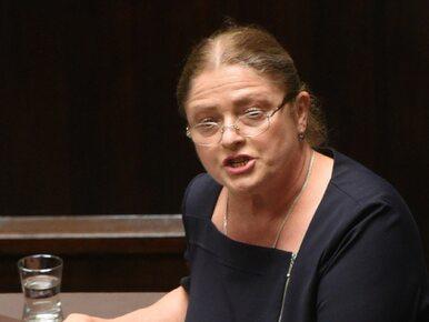 """""""Zamilcz bezczelna"""". Krystyna Pawłowicz przeprasza za atak na dziennikarkę"""
