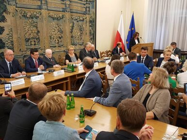 """Rzepliński, Gersdorf i Strzembosz miażdżą reformy PiS. """"Czuję się jak w..."""