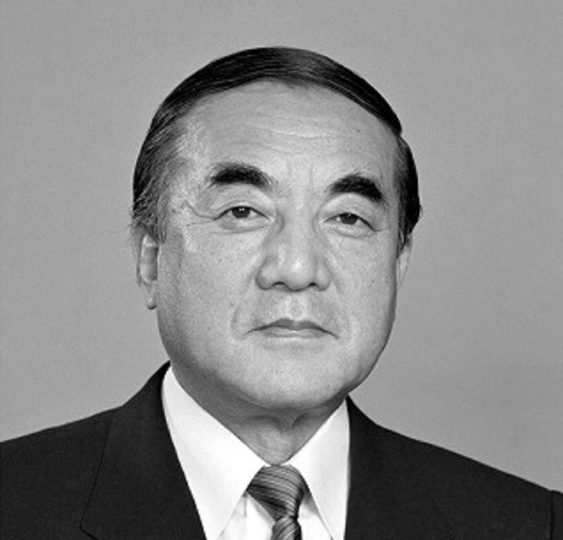 Yasuhiro Nakasone w 1982 r.