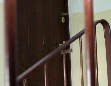 9-latka znaleziona w wersalce. 24-latek odpowie za gwałt i uwięzienie....