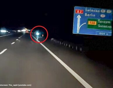 Jechał na hulajnodze autostradą pod prąd. Bo zabrakło mu paliwa