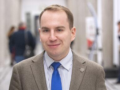 Andruszkiewicz: Śledziły mnie dwa samochody. Wokół ministerstwa mogą...
