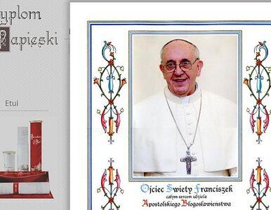 Polak sprzedaje... darmowe papieskie błogosławieństwa