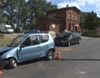 Pawłowice: zderzyły się trzy auta. Jedna osoba nie żyje