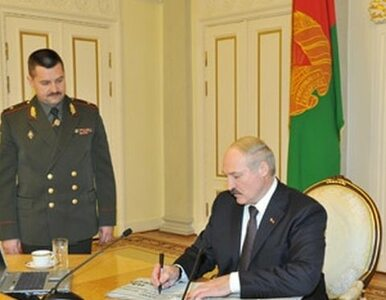 Łukaszenka łamie prawa człowieka, więc... poparcie mu rośnie